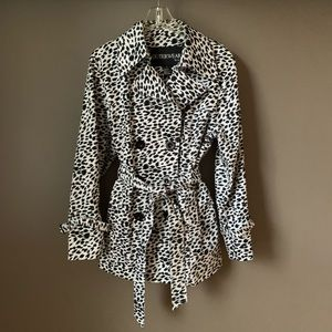 Outerwear Cheetah Animal Print Trench Coat